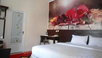 Vindhika Pangayoman Makassar - Luxury Suite Kurma Deal