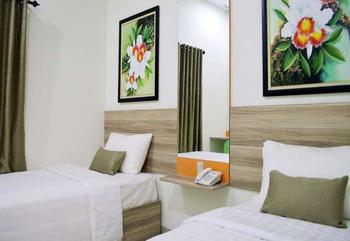 De Whitte Hotel & Pekanbaru - W Simply Room Minimum Stay 2 Night Regular Plan