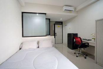 D'Paragon Kalijudan Surabaya - Deluxe Room Regular Plan