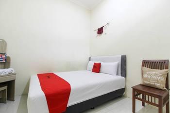 RedDoorz @ Jalan Damai 3 Yogyakarta - RedDoorz Room with Breakfast Basic Deal