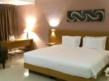 Grand Cendrawasih Hotel Makassar - Deluxe Room Only Regular Plan
