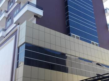 Grand Cendrawasih Hotel