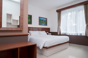 Lima Residence Tebet Manage By EHM Jakarta - DELUXE DOUBLE Regular Plan