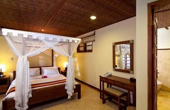 Desa Muda Village Seminyak - Three Bedroom Pool Villa Lastminute Deal