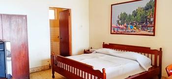 Bunga Ayu Seaside Resort Sukabumi - Superior NCD 2 Breakfast Regular Plan