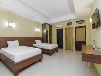 Guest House Surya Jati Lestari Samarinda - Twin Room Regular Plan