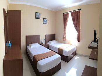 Binong Guest House Tangerang - Deluxe Room Regular Plan