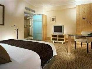 Hotel Aryaduta Jakarta - Superior Stay Longer Than 5 Nights Get 25% Off
