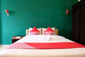 OYO 515 Oasis Hotel Belitung Timur - Deluxe Double Room Regular Plan