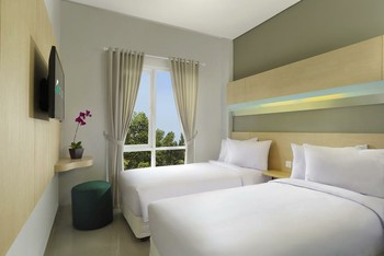 Zizz Convention Hotel Bali - Comfort Garden View Room Only Basic Deal