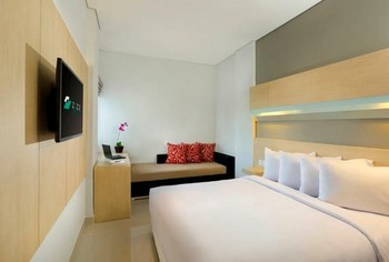 Zizz Convention Hotel Bali - Comfort Room - Room Only Basic Deal