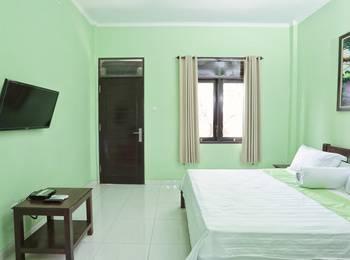 RedDoorz @Kerobokan Canggu Bali - RedDoorz Room Special Promo Gajian