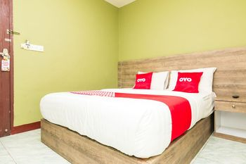 OYO 1703 Terang Bintang Hotel Batam - Standard Double Room Early Bird