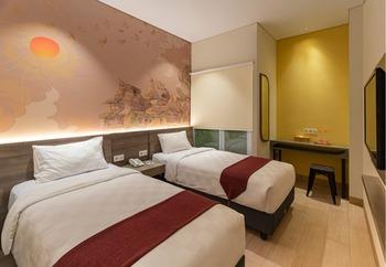 Hotel 88 Alun Alun Bandung - Deluxe Twin Regular Plan