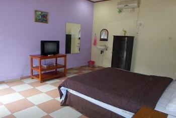 Hotel Bunga Pantai Belitung - Standard Room With Breakfast Regular Plan