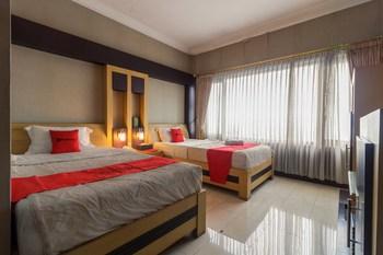 RedDoorz Syariah @ Cipanas Puncak - RedDoorz Twin Room KETUPAT