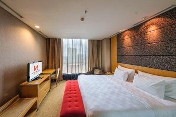 Swiss-Belhotel Mangga besar,Jakarta - Junior Suite Termasuk Sarapan Regular Plan