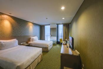 Swiss-Belhotel Mangga besar,Jakarta - Superior Twin Room Only Regular Plan