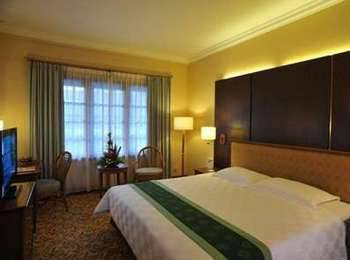 Prime Plaza Hotel Yogyakarta - Deluxe King With Breakfast September Deal - Save 10%