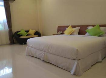 M Suite Homestay Malang - Deluxe Double Room Only Regular Plan