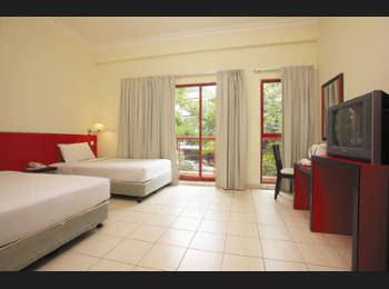 Replica Inn Bukit Bintang Kuala Lumpur - Deluxe Triple Room Diskon 10%