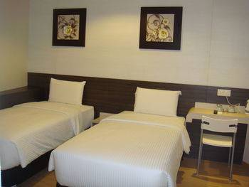 Alor Boutique Hotel Kuala Lumpur - Deluxe Twin Room Pesan sekarang dan hemat!