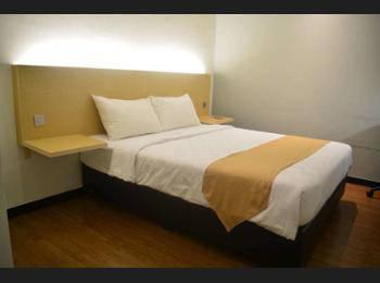 Yunna Hotel Bandar Lampung - Standard Room Regular Plan