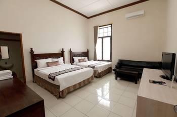 De Halimun Guest House Bandung - Family Double Room, 2 Queen Beds Regular Plan