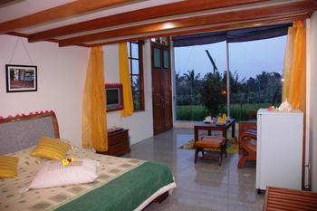 Sewu Padi Yogyakarta - Honeymoon Room Regular Plan