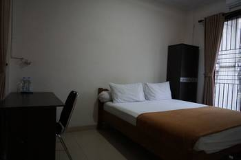 Rumah Sarwestri B&B Bandung - Standard Double Room, Shared Bathroom Regular Plan