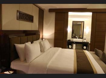 Java Palace Hotel Bekasi - Deluxe Room Pesan lebih awal dan hemat 30%