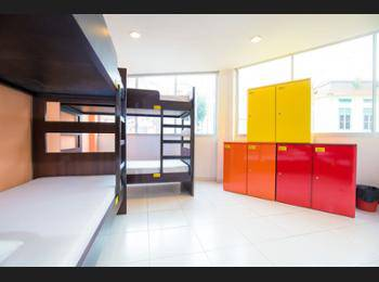 G4 Station Backpackers' Hostel Singapore - 2 Beds in 6-Bed Mixed Room