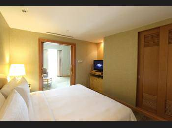Grand Copthorne Waterfront - Executive Suite, 1 King Bed Regular Plan