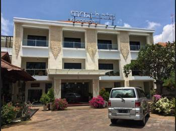 Maxi Hotel Kedonganan