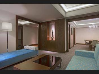 Le Meridien Jakarta - Suite Junior Regular Plan