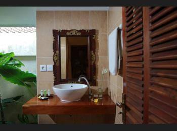 Rama Shinta Hotel Bali - Superior Room Hemat 27%