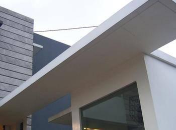 FLAT06 minimalist residence