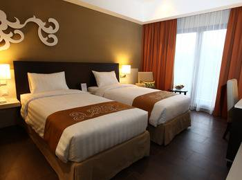 Soll Marina Hotel Bangka - Superior Room Twin Bed Regular Plan