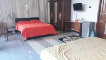Le Vallon Hotel Bandung - Deluxe Room Regular Plan