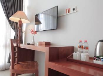 Prima SR Hotel & Convention  Yogyakarta - Deluxe Twin Room Only Regular Plan