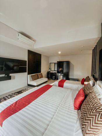 Prima SR Hotel & Convention  Yogyakarta - Family Suite Dengan Sarapan Regular Plan