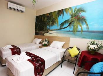 C Stone Hotel Surabaya - Deluxe Twin Room Regular Plan