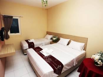 C Stone Hotel Surabaya - Deluxe Triple Room Regular Plan
