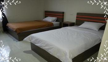 Rafana Syariah Hotel Indragiri Hulu - Superior Twin Breakfast Regular Plan