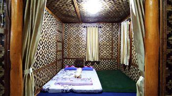 Villa Nirwana By RuangNyaman Bogor - Basic Villa Regular Plan