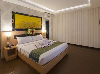 Grand Puri Saron Boutique Hotel Yogyakarta - Suite Room Basic Deals