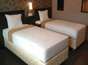 City Hotel Balikpapan - Deluxe Twin Spesial Room Only Regular Plan