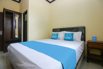 Airy Eco Syariah Manunggal Kebonsari Blok B 9 Surabaya Surabaya - Standard Double Room Only Special Promo Jan 24
