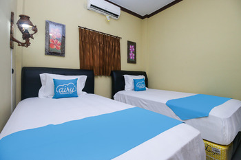 Airy Eco Syariah Manunggal Kebonsari Blok B 9 Surabaya Surabaya - Standard Twin Room Only Regular Plan
