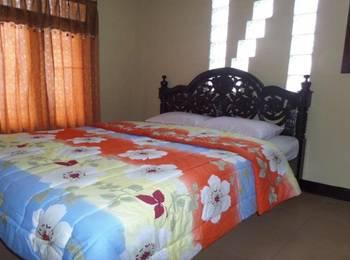 Losmen Adas Probolinggo - Double Room Private Bathroom Regular Plan